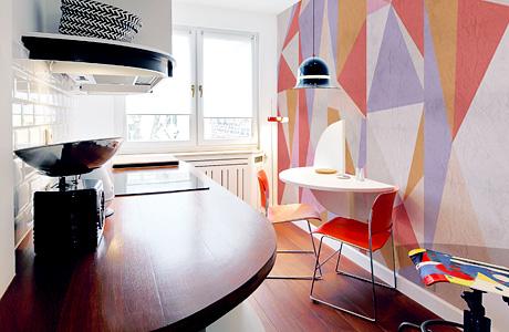 le style bauhaus une d coration moderne avec des tableaux et papiers peints. Black Bedroom Furniture Sets. Home Design Ideas