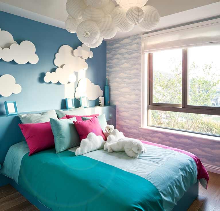 Quadri blu o quadri rossi vedi come abbinare quadri for Quadri per pareti