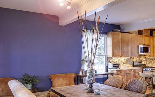 Pareti Viola E Giallo : Scopri le nostre idee per trovare quadri perfetti per le pareti viola
